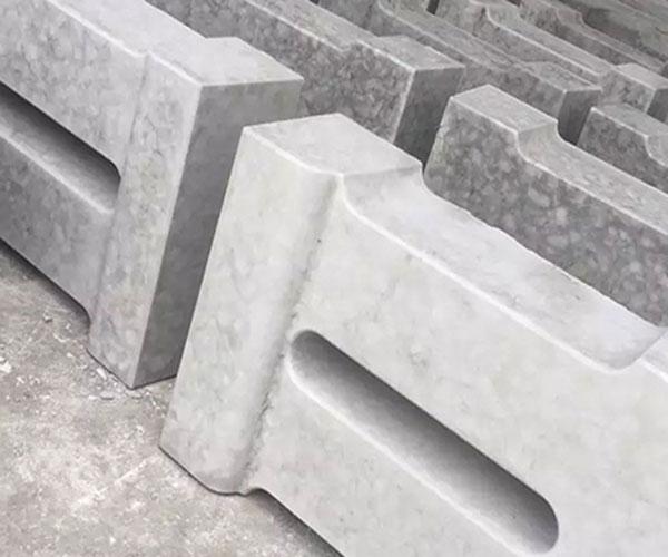 铜仁路侧石