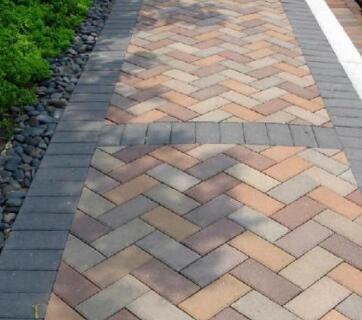 贵阳人行道彩砖与家用砖的有什么不同